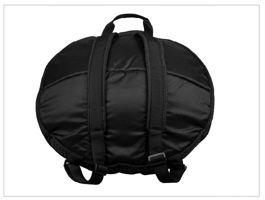 Bolsa acolchada sela en negro